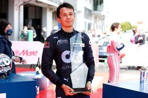 Race winner Alex Albon, AF Corse