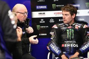 Cal Crutchlow, Yamaha Factory Racing, mit Silvano Galbusera