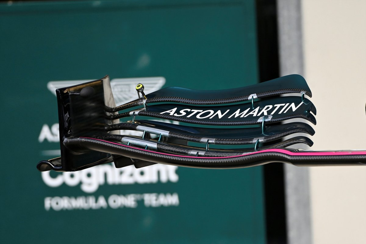 Aston Martin AMR21 front wing detail