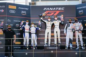 Podium : Les vainqueurs #6 Mercedes-AMG Team Toksport WRT Mercedes-AMG GT3: Luca Stolz, Maro Engel, les deuxièmes #25 Sainteloc Racing Audi R8 LMS GT3: Leo Roussel, Christopher Haase, les troisièmes #88 AKKA ASP Mercedes-AMG GT3: Timur Boguslavskiy, Raffaele Marciello