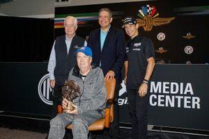 Robin Miller, Helio Castroneves, Meyer Shank Racing Honda, Roger Penske
