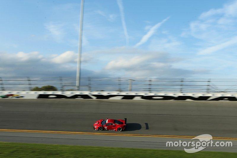#62 Risi Competizione Ferrari 488 GTE: James Calado, Daniel Serra