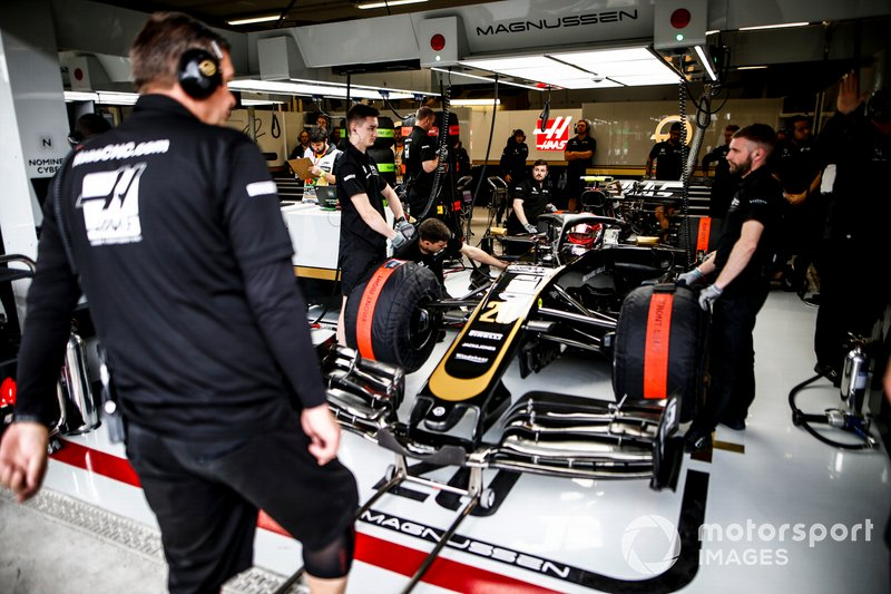 Kevin Magnussen, Haas F1 Team VF-19, in the garage