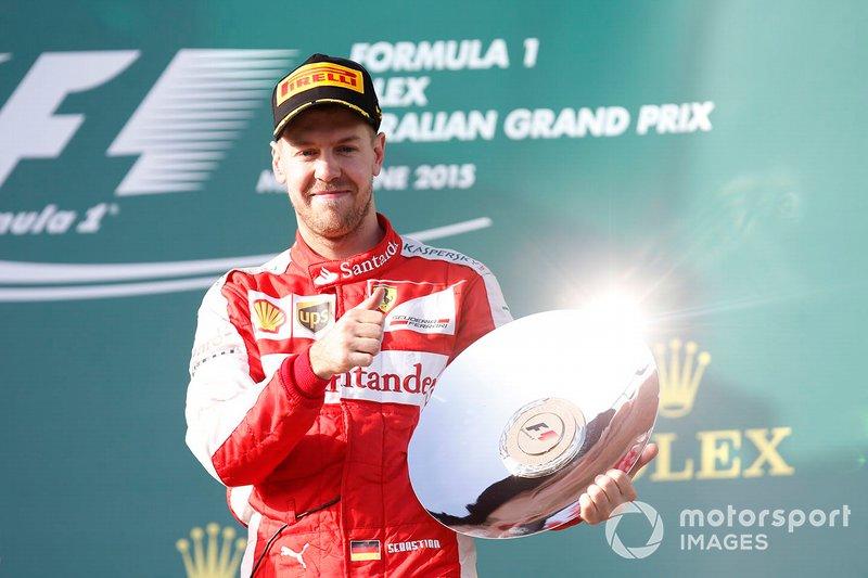 Australia 2015: Vettel se estrena con Ferrari subiendo al podio.