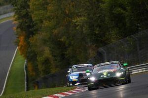 #156 Aston Martin Vantage AMR GT4: Marco Müller, Marco van Ramshorst