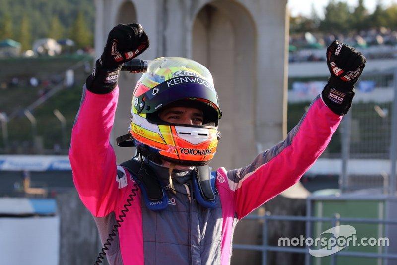 アレックス・パロウ(#720 McLaren 720S)