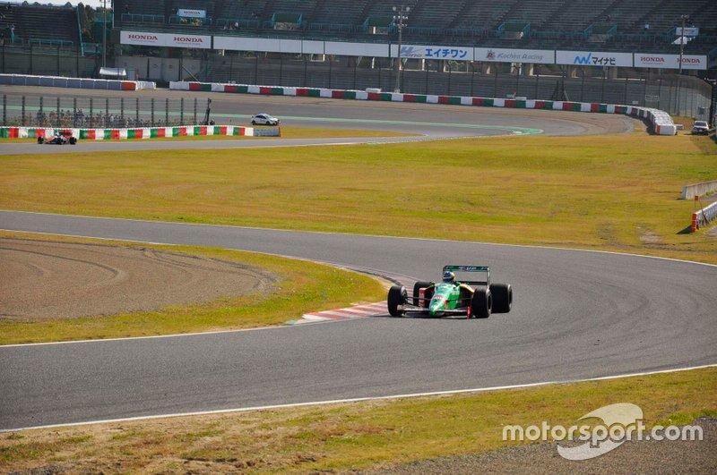 Benetton B189