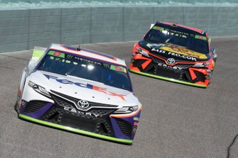Denny Hamlin, Joe Gibbs Racing, Toyota Camry FedEx Express, Martin Truex Jr., Joe Gibbs Racing, Toyota Camry Bass Pro Shops