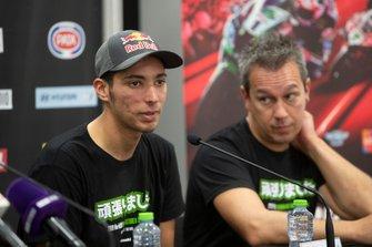 Toprak Razgatlioglu, Turkish Puccetti Racing, mit Manuel Puccetti