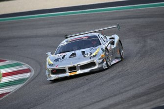 #558 Ferrari 488 Challenge, Modena Motori Taiwan: Kent Chen
