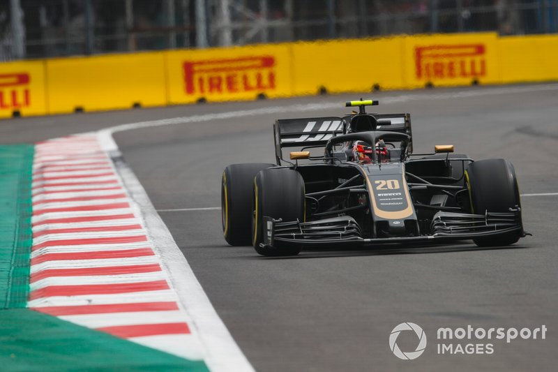 15 - Kevin Magnussen, Haas F1 Team VF-19