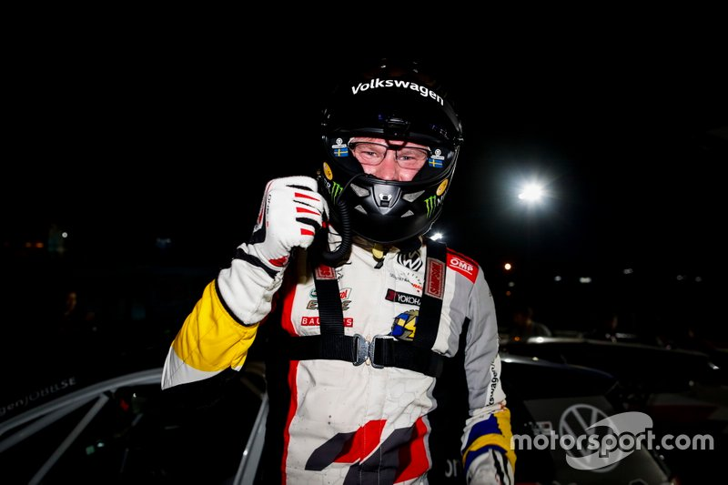 Il vincitore della gara Johan Kristoffersson, SLR Volkswagen Volkswagen Golf GTI TCR