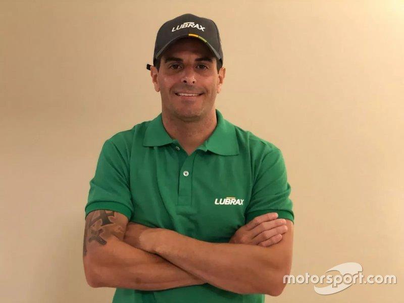 #4 - Julio Campos - Crown Racing (Cruze)