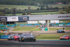 #20 SPS automotive performance Mercedes-AMG GT3: Valentin Pierburg,