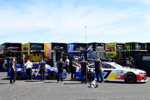 Corey LaJoie, Spire Motorsports, Chevrolet Camaro In Memory of Alan Kulwicki, Justin Haley, Spire Motorsports, Chevrolet Camaro FOE Mother's Day