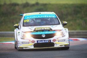 Dan Lloyd, Power Maxed Racing Vauxhall Astra