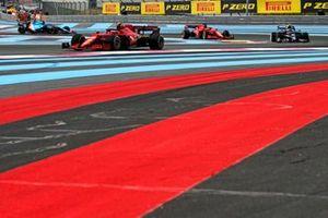 Carlos Sainz, Ferrari SF21 , leads Pierre Gasly, AlphaTauri AT02, Charles Leclerc, Ferrari SF21