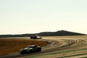 #98 Aston Martin Racing Aston Martin Vantage AMR: Paul Dalla Lana, Augusto Farfus, Marcos Gomes