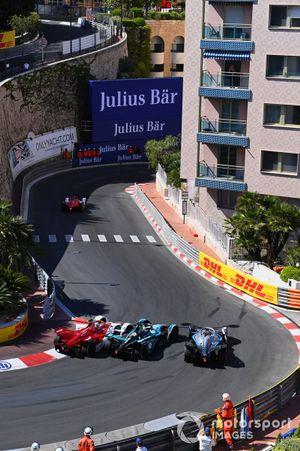 Nico Muller, Dragon Penske Autosport, Penske EV-5, Oliver Turvey, NIO 333, NIO 333 001, Stoffel Vandoorne, Mercedes-Benz EQ, EQ Silver Arrow 02, battle