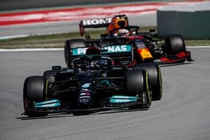 Lewis Hamilton, Mercedes W12, Max Verstappen, Red Bull Racing RB16B