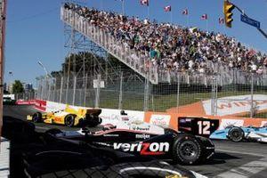 Crash: Will Power, Team Penske Chevrolet