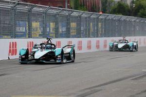 Sam Bird, Jaguar Racing, Jaguar I-TYPE 5, Mitch Evans, Jaguar Racing, Jaguar I-TYPE 5, Nick Cassidy, Envision Virgin Racing, Audi e-tron FE07