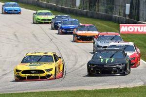 Michael McDowell, Front Row Motorsports, Ford Mustang Love's Travel Stops, Kurt Busch, Chip Ganassi Racing, Chevrolet Camaro Monster Energy