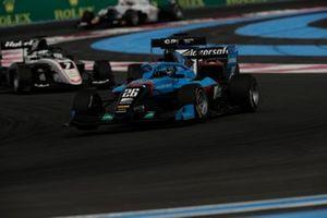 Calan Williams, Jenzer Motorsport, leads Frederik Vesti, ART Grand Prix
