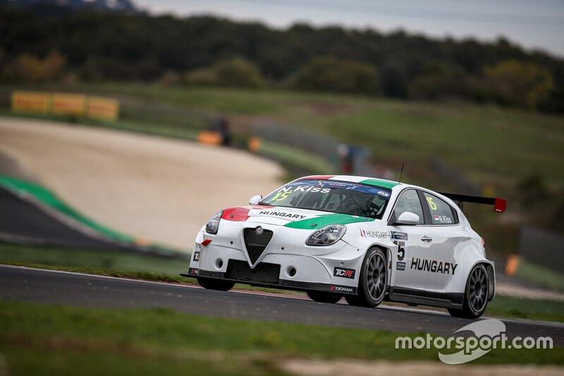 #15 HUN Alfa Romeo Giulietta TCR, Norbert Kiss, Team Hungary