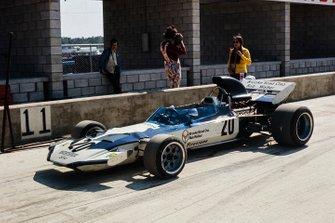Mike Hailwood, Surtees TS9