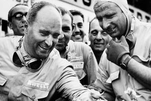 Juan Manuel Fangio, Alfa Romeo, Luigi Fagioli, Alfa Romeo after finishing in first and second position