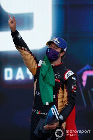 Podio: Antonio Felix da Costa, DS Techeetah celebra