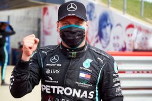 Pole sitter Valtteri Bottas, Mercedes AMG F1, celebrates
