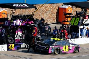 Jimmie Johnson, Hendrick Motorsports, Chevrolet Camaro Ally Fueling Futures pit stop