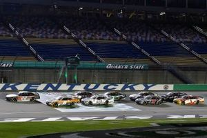 Ganador Austin Cindric, Team Penske, Ford Mustang Snap-On celebra