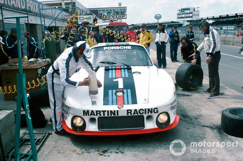 Silverstone 6 Hours 1977: Jochen Mass, Jacky Ickx, Porsche 935