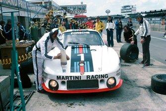 Jochen Mass, Jacky Ickx, Porsche 935