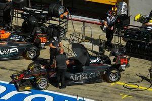 Jack Doohan, HWA Racelab and Enzo Fittipaldi, HWA Racelab