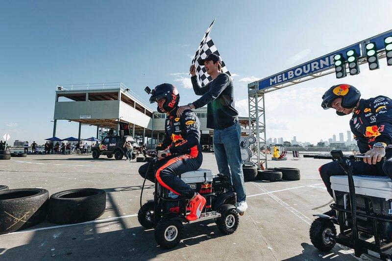 Max Verstappen, Red Bull Racing, Alex Albon, Red Bull Racing