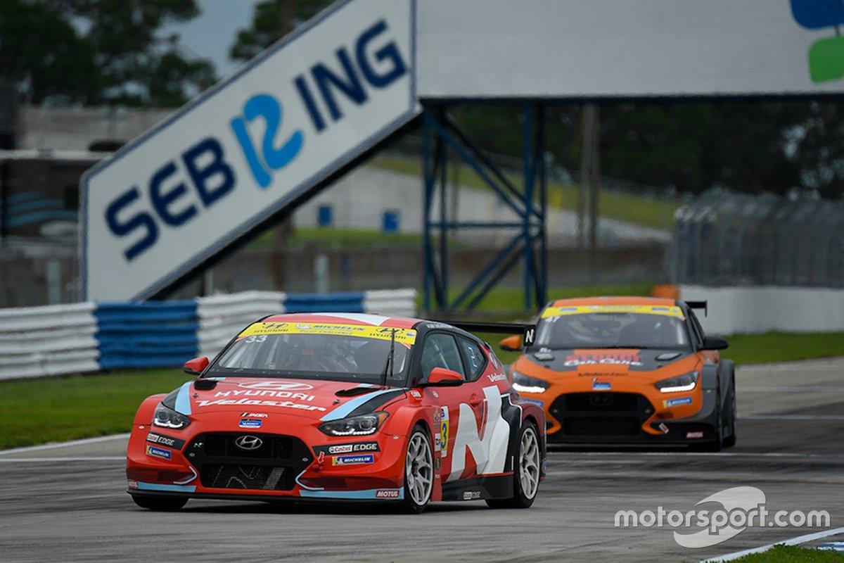 Gabby Chaves, Ryan Norman, Bryan Herta Autosport, Hyundai Veloster N TCR