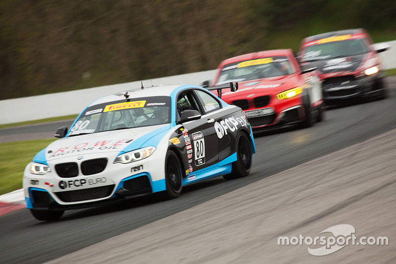 #80 BMW M235iR: Anthony Magagnoli