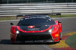 #111 Kessel Racing Ferrari 488 GT3: Stephen Earle