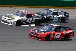 Tyler Reddick, Chip Ganassi Racing Chevrolet, Ryan Blaney, Team Penske Ford, Casey Mears, Biagi-DenB
