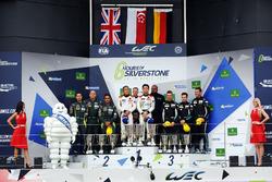 Podio GTE-Am: i vincitori della gara #61 Clearwater Racing Ferrari 488 GTE: Mok Weng Sun, Matt Griff