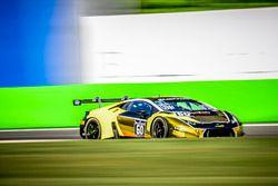 #60 Raton Racing, Lamborghini Huracan GT3: Andrea Amici, Dennis Lind, Stefano Costantini