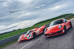 Porsche 911 Carrera GTS 4 British Legends Edition & Porsche 917 K