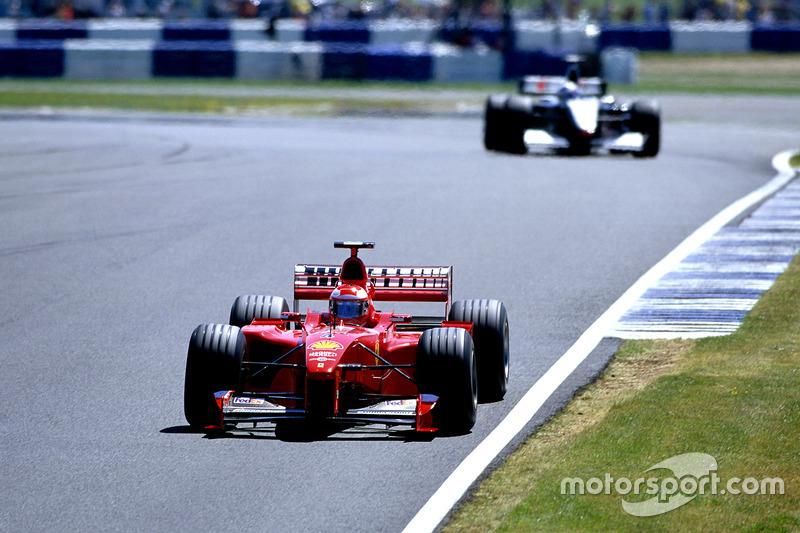 Позже станет известно, что в следующих шести гонках Шумахера в Ferrari заменит Мико Сало