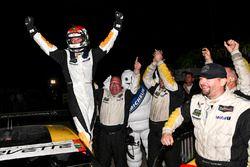 Il vincitore GTLM #3 Corvette Racing Chevrolet Corvette C7.R: Antonio Garcia