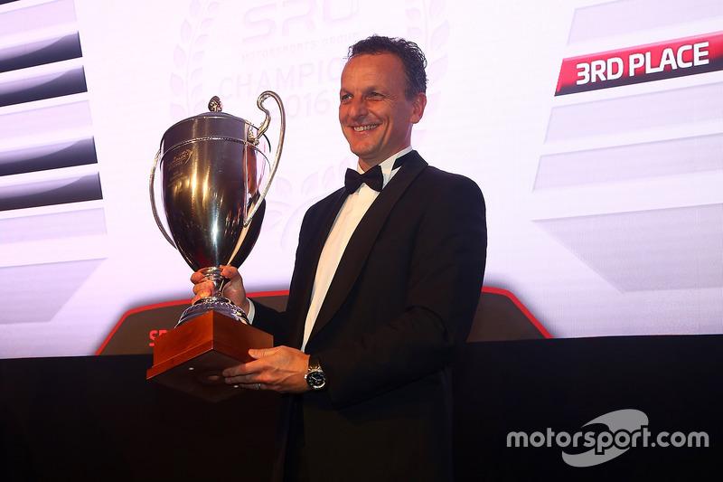 2016 Copa Sprint Pro-AM equipos, AKKA ASP, segundo lugar