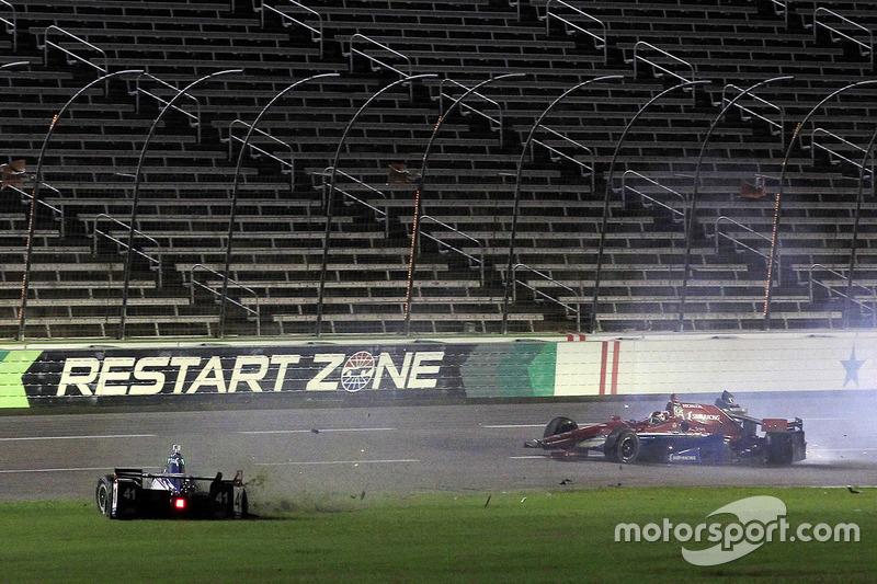 Mikhail Aleshin, Schmidt Peterson Motorsports choque